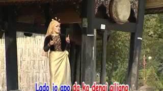 Download lagu Elvia Uda Surang Nan Tampek Hati Mp3