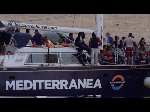 Οργή Σαλβίνι για το νέο πλοίο με μετανάστες στην Ιταλία…