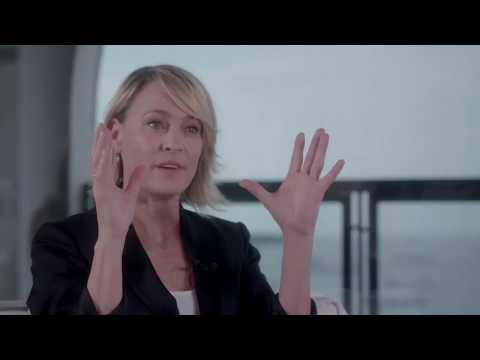 David Fincher gave Robin Wright one piece of advice on directing 'House of Cards'