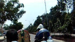preview picture of video 'アキーラさん散策47!バングラデシュ・ダッカ・グラミン銀行Dahka,Bangladesh'