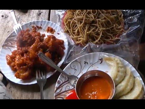 140. Дешевый индийский стритфуд. Вкуснейшая еда на улице возле кладбища. Путтапарти. Индия.