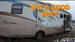 Should I buy? Cheap 2004 Coachmen Aurora RV from Copart walk around. (Part1)