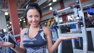 Смотреть онлайн Делаем спину красивой: упражнения для девушек