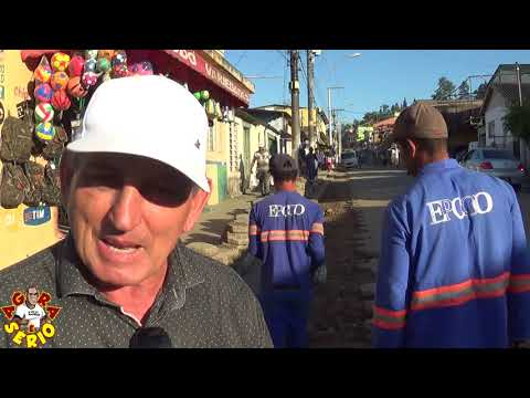 Prefeito Ayres Scorsatto não gosta de Falar mais esta fazendo a Cida e o Chico Junior passar Vergonha Com o asfalto na principal Rua do Barnabés.