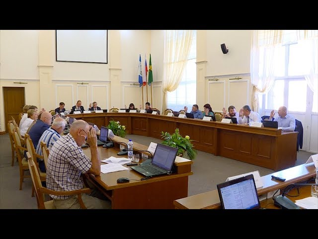 Ангарские депутаты уходят на каникулы