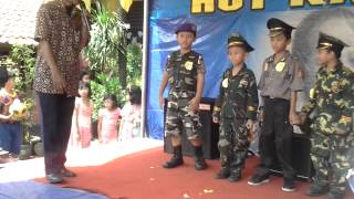Hari Kartini Di SD SUKASARI 4 TANGERANG 20 1pril 2013