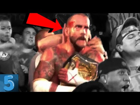 5 WWE Wrestlers Who Were ATTACKED By CRAZY FANS