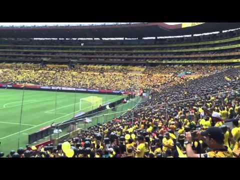 """""""Barcelona 5 Liga de Quito 0 todas las de la liga son unas putas"""" Barra: Sur Oscura • Club: Barcelona Sporting Club"""
