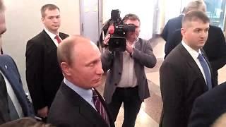 Путин проголосовал на муниципальных выборах в Москве  Видео