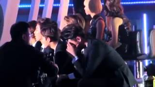 ♡ EXO Reaction To 2NE1 / Crush & Come Back Home !