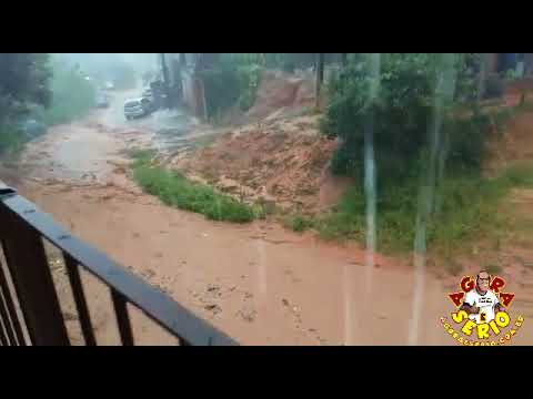 O poder na Chuva na Favela do Justinos