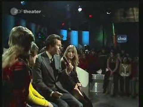 Julio Iglesias -  Wenn Ein Schiff Voruberfahrt