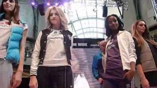GntM Topmodel SARA NURU&SARINA NOWAK @ Centro Fashion Show