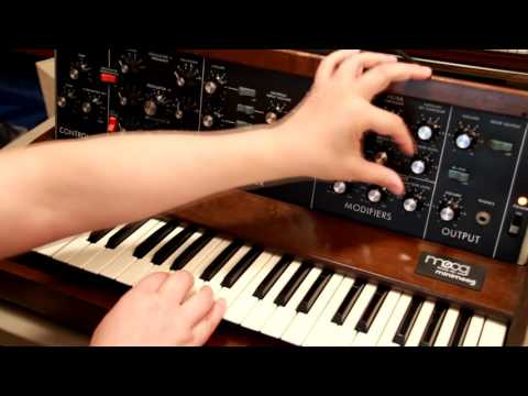 Vintage Synth Bass sound
