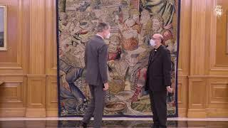 S.M. el Rey recibe al presidente de la Conferencia Episcopal, Monseñor Juan José Omella Omella