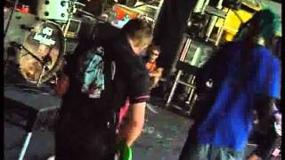 Frenzal Rhomb - Uncle Ken (Live at the Big Day Out 2003)