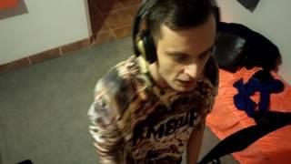 Miron - #Hot16Challange (prod. Łes) #Adeer #Łes #Eminem