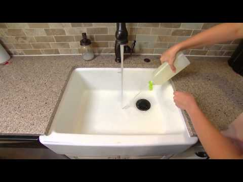 Cleaning a Range Hood Filter