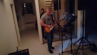 Video ukázka hraní živé kytary s podklady