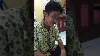 Wawancara dengan Andi Sudirman, Bapak yang gendong anak kembarnya dan videonya viral di media sosial