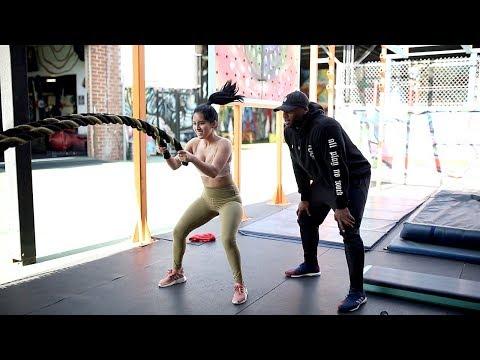 Isang hanay ng mga pagsasanay sa gym para sa mga kalalakihan upang mawala ang timbang sa mga larawan