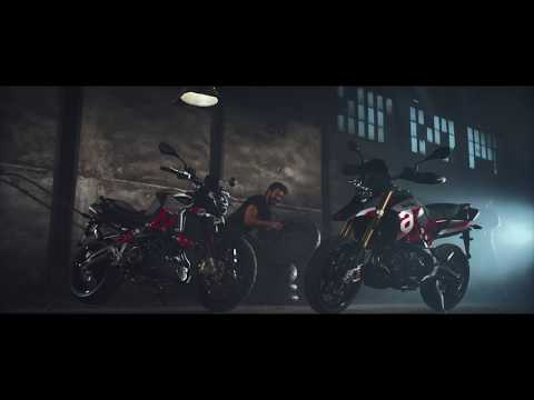 2018 Aprilia Dorsoduro 900 in Oakland, California - Video 1
