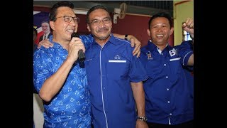 Hisham supports old pal Liow in Bentong