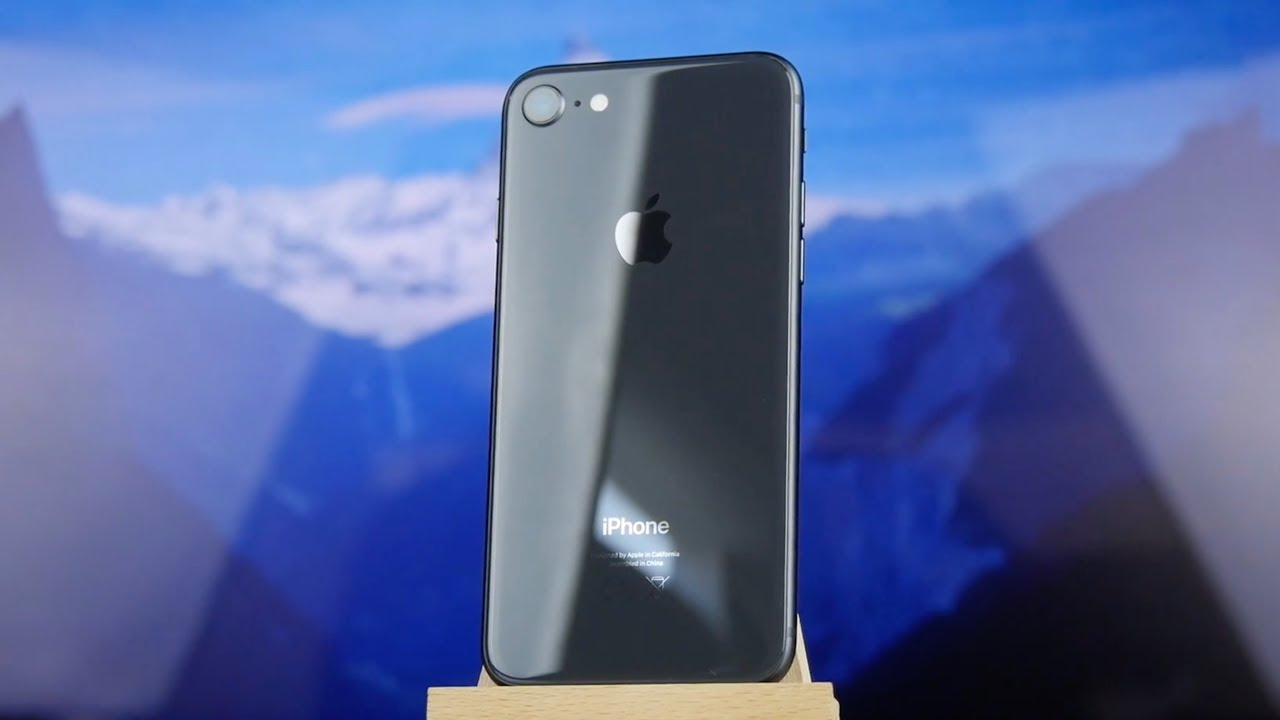 Apple iPhone 7 Plus 32Gb Silver (MNQN2) video preview