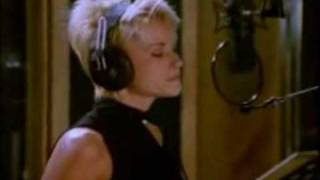 The Beach Boys and Lorrie Morgan Dont Worry Baby 1996 Video