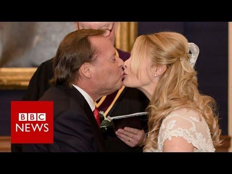 Newlyweds at war over Trump's 100 days - BBC News