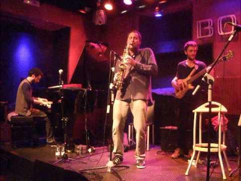 SINOUJ CON JORGE PARDO / Bogui Jazz, 5 de Mayo 2012,