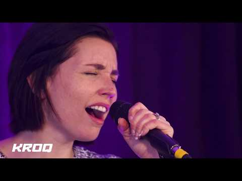 "Shaed Perform ""Trampoline"" Live From KROQ"