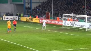 preview picture of video 'DFB Pokal DSC Arminia Bielefeld vs Hertha BSC Elfmeterschießen Schwolow Lorenz'
