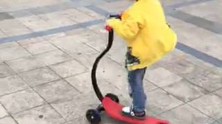 fascol surfing baby scooter: cool yellow jacket boy