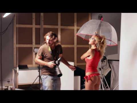 Giorgia Palmas Backstage Calendario.Calendario Simoni Racing 2013 Trailer Backstage Sexy