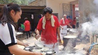农村大哥花钱包饺子,请200位村里老人过来吃,淳朴的农村生活 【泥土的清香】