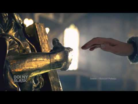 Spuchnięty palec kość