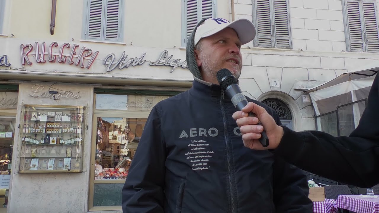 Torna la movida selvaggia nel centro di Roma