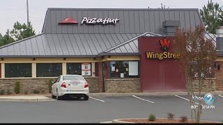 Pizza Hut to close 500 locations