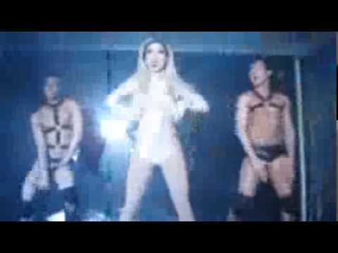 Derrick Barry as Britney Spears - Toxic, Work Bitch & Till The World Ends - Share Nightclub 1.18.14