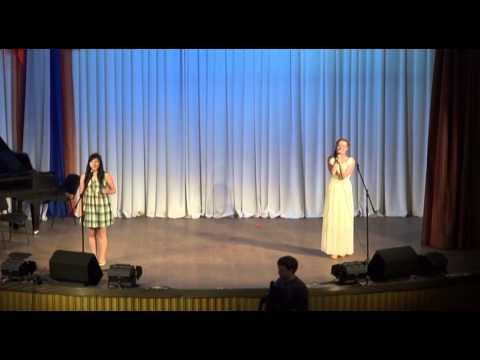 Кто поёт песню-женское счастье