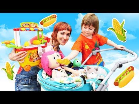 Бьянка готовит игрушкам! Маша Капуки Кануки и игры с детьми в шоу Привет, Бьянка