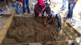 preview picture of video 'Zaachila 2014 Dia de muertos en Zaachila altares calle Coquiza'
