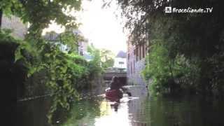 preview picture of video 'Balade en canoë au crépuscule à Montfort-sur-Meu'
