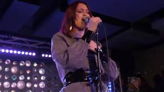 Elley Duhé   Happy Now (live @ Baby's All Right 12819)