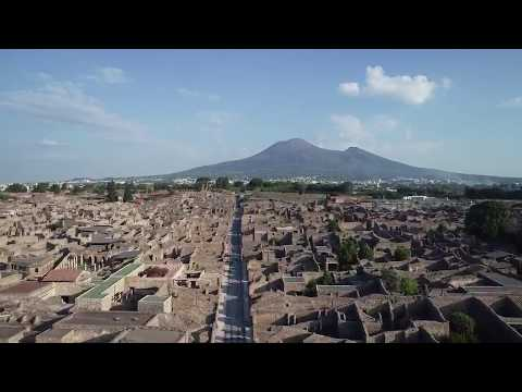 A drone flyover video showing the extent of the Pompeii excavations so far. Absolutely incredible.