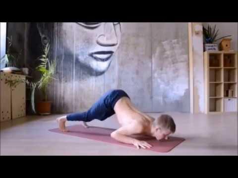Йога поможет накачать мышцы