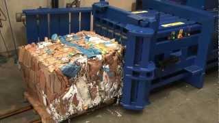 HZ 70T Horizontal baler making a bale from cardboard boxes