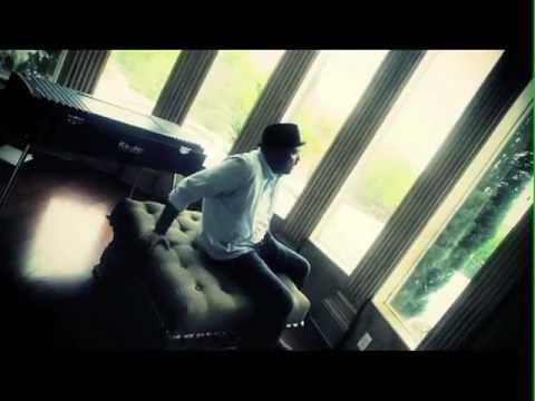 "Ali Pervez Mehdi (feat. Major7th) ""Warm Sound"" Offical Music Video"