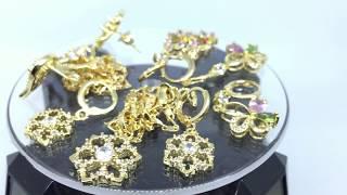 Anting Lapis Emas 18k Panjang Model Drop Bunga Batu Hijau Pink - BE019